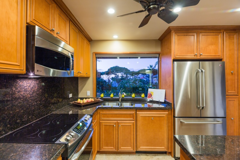 Wailea Ekahi for sale, fully remodeled kitchen