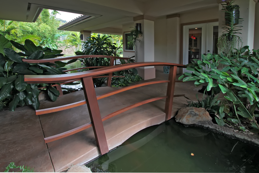 Ocean view home for sale in wailuku country estates for Local koi for sale
