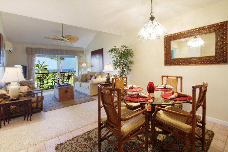 Wailea Fairway Villa Dining Room