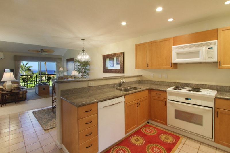 Wailea Fairway Villas K201 Kitchen with granite countertops