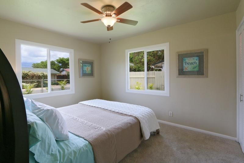 Master bedroom with en-suite master bathroom