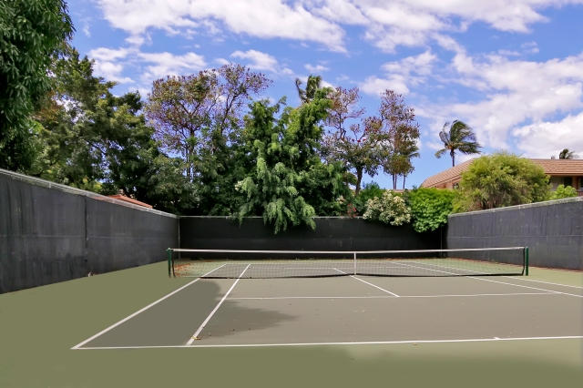 Tennis anyone? Kihei Akahi offers fabulous amenities