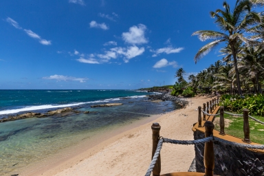 131 ALeiki Place - Privileged to be on Maui's Premeir Beachfront
